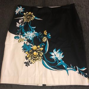 Size 14 Black white blue and yellow skirt